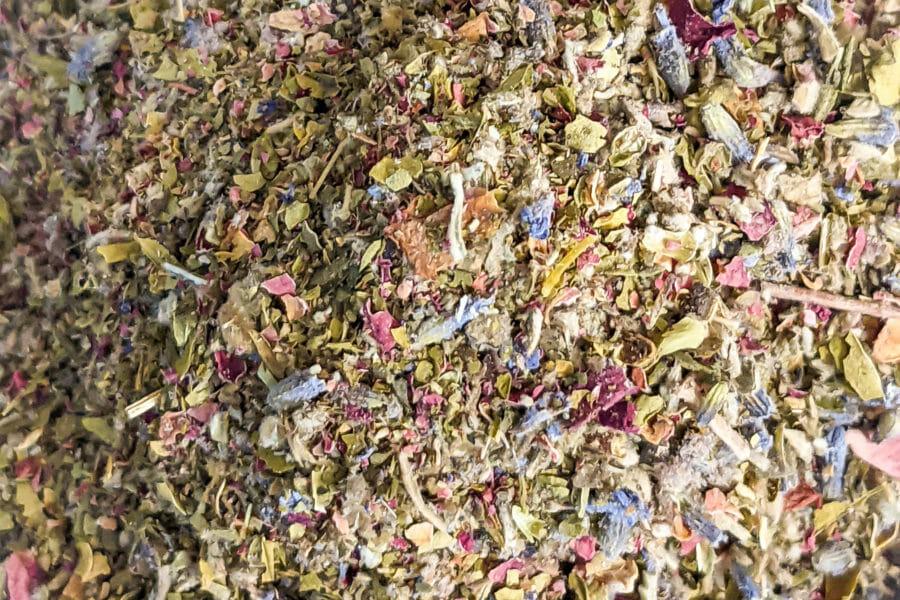 Skull island herbal blend